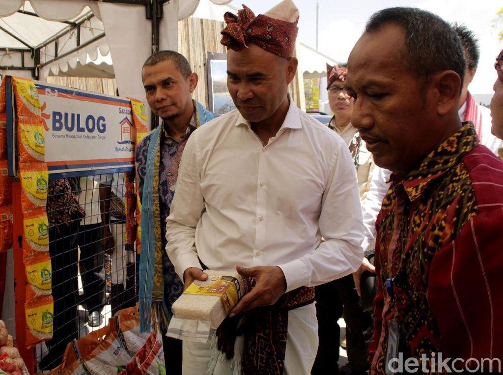 Festival Menipo di Kupang