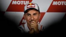 Lorenzo Liburan ke Bali Usai Pensiun dari MotoGP