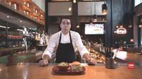 Video Chef Challenge: Cedric Vongerichten Vs Telur Asin