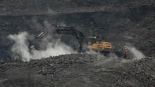 IESR Nilai Pemerintah Inkonsisten Batasi Produksi Batu Bara