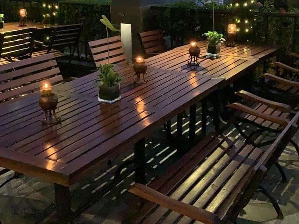 Foto: Instagram @luk024The Valley Bandung juga salah satu restoran yang menyuguhkan pemandangan indah, apalagi saat malam sangat cocok untuk Anda yang ingin santap malam dengan suasana romantis.