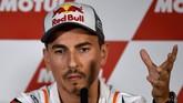 Jorge Lorenzo mengatakan MotoGP Valencia 2019, Minggu (17/11), akan menjadi balapan terakhirnya di MotoGP. (JOSE JORDAN / AFP)