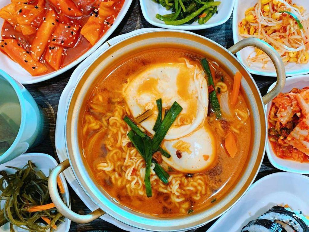 Enak! 10 Jajanan Korea Ini Wajib Jadi Camilan K-Lovers