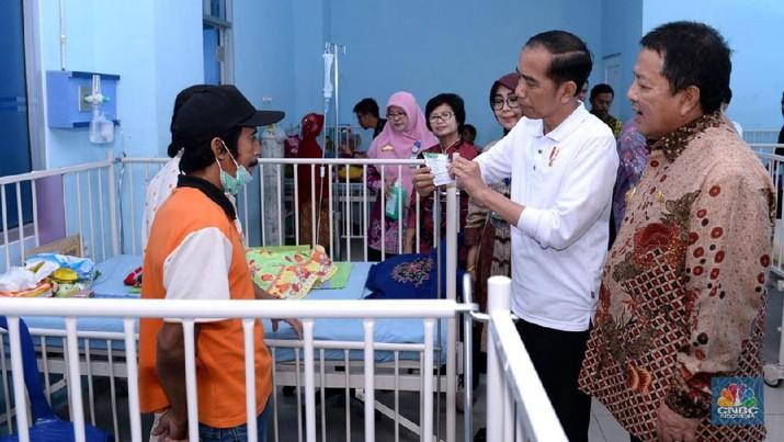 Di sela kunjungan tersebut, dia menggelar inspeksi mendadak (sidak) ke RSUD Dr. H. Abdul Moeloek, Kota Bandar Lampung.