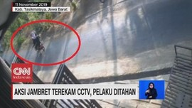 VIDEO: Aksi Jambret Terekam CCTV, Pelaku Dibekuk