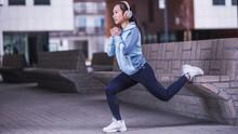 5 Manfaat Mendengarkan Musik saat Berolahraga