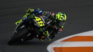 Dovizioso Sebut Syarat Rossi Batal Pensiun dari MotoGP