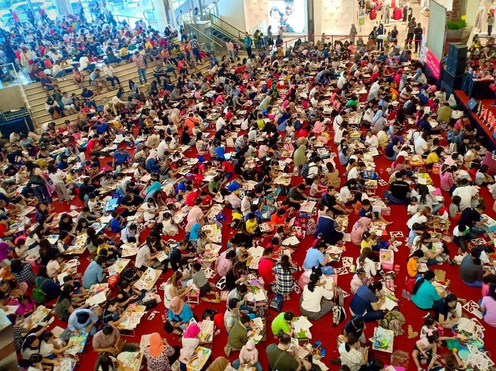 Ribuan Anak Ikuti Lomba Mewarnai