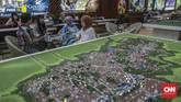 Pengembang menawarkan perumahan tapak dan hunian vertikal di sejumlah daerah, khususnya daerah penyangga Jakarta seperti Bekasi, Bogor, dan Tangerang dalam pameran tersebut. (CNN Indonesia/Bisma Septalism)