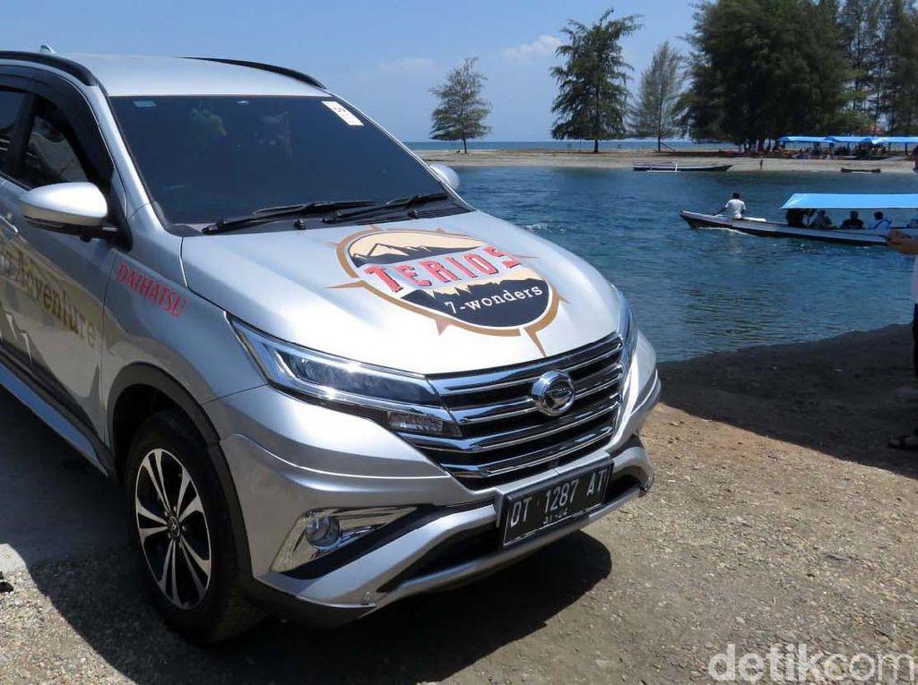 Ajang Terios 7 Wonders di Kolaka, Sulawesi Tenggara sempat mengunjungi Pantai Malaha di Desa Malaha Kecamatan Samaturu, Kabupaten Kolaka, Sulawesi Tenggara.