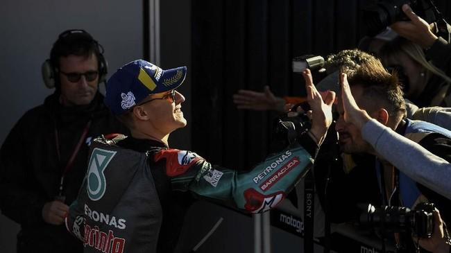 FOTO: Kalahkan Marquez, Quartararo Rebut Pole MotoGP Valencia