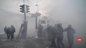 VIDEO: Setahun Rompi Kuning, Kerusuhan Pecah di Paris