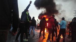 Unjuk Rasa Kenaikan BBM di Iran, 1 Tewas