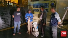 Polisi Tangkap Pembuang Bangkai Babi di Sungai Sumut