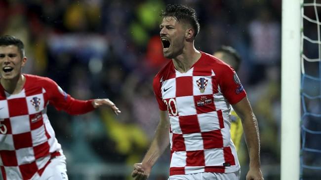 Tim lain yang memastikan lolos ke Piala Eropa 2020 pada Sabtu malam adalah finalis Piala Dunia 2018, Kroasia, yang berhasil menjadi juara Grup E. (AP Photo/Daniel Kasap)