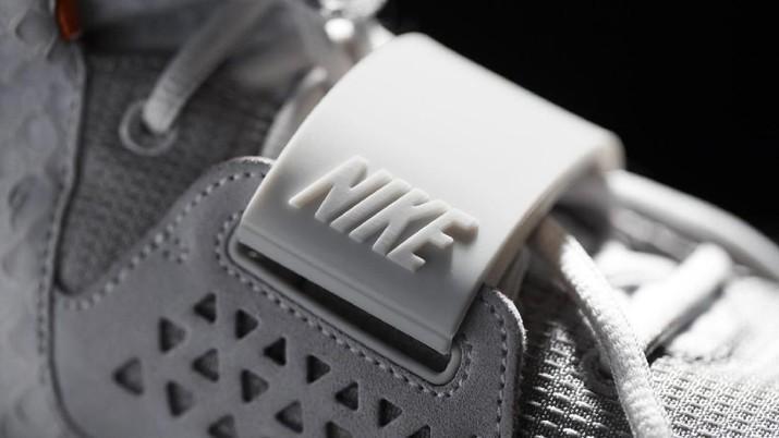 Nike Air Yeezy II (Dok. Nike)