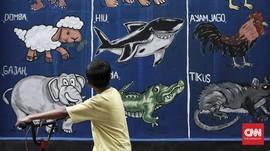 FOTO: Belajar Lewat Mural Sarat Edukasi di Pademangan Timur