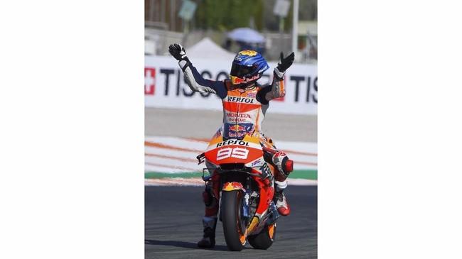 Jorge Lorenzo pensiun dengan catatan lima gelar juara dunia, dua gelar di kelas 250cc dan tiga gelar di kelas MotoGP. (Photo by JOSE JORDAN / AFP)