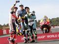 FOTO: Tiga Juara Dunia Berpose di MotoGP Valencia