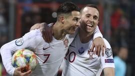 FOTO: Ronaldo Bawa Portugal ke Piala Eropa 2020