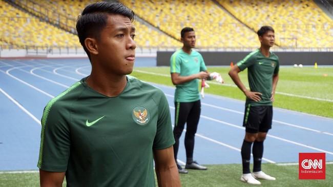 Winger Persib Bandung Febri Hariyadi kembali mendapat panggilan memperkuat Timnas Indonesia untuk melawan Malaysia di Kualifikasi Piala Dunia 2022. (CNN Indonesia/Nova Arifianto)