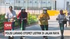 VIDEO: Polisi Larang Otopet Listrik di Jalan Raya