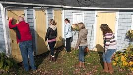 3 Alasan Toilet Wanita Selalu Antre Panjang