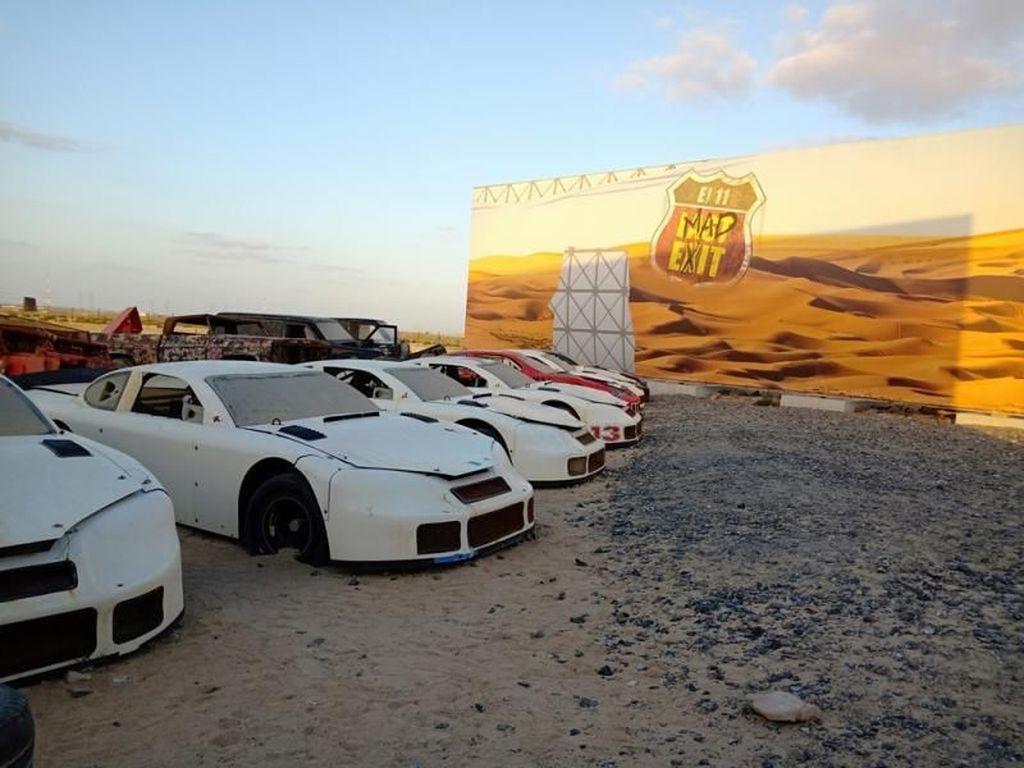 Last Exit Dubai, Rest Area Instagramable di Padang Pasir
