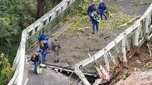 Truk Kelebihan Muatan Picu Jembatan Gantung di Prancis Ambruk