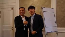 Jadi Calon Pelatih Indonesia, Tae-yong Beber Program ke PSSI