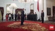 Jokowi Terima Surat Kepercayaan 14 Duta Besar Negara Sahabat