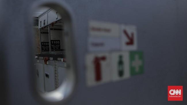 Bagian pesawat lainnya seperti badan pesawat dapat dialihfungsikan menjadi fasilitas pelatihan awak kabin. (CNN Indonesia/Bisma Septalisma)