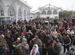 Kashmir Rugi Hingga US$ 1 Miliar, Ada Apa?