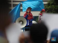 Heboh PHK Massal Pabrik Sepatu di Tangerang