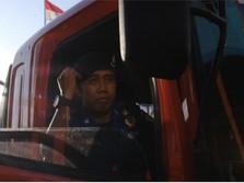 Demi Kedua Putrinya, Driver Grab Ini Double Job Jadi Branwir
