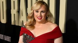 'Fat Amy' Garap Film tentang Persaingan K-pop