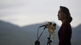 Gejolak Suu Kyi Jelang Sidang Gugatan Pembantaian Rohingya