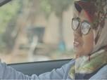 Mitra GrabCar Wanita Ini Raih Puluhan Trip di Usia 50-an