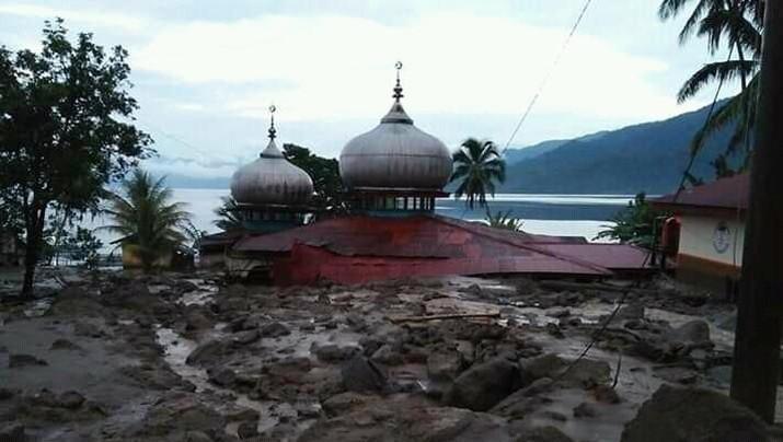 Penampakan Banjir & Longsor Melanda Agam Sumbar