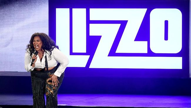 Lizzo, Anak Marching Band Naik Panggung Grammy Awards