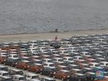 Penjualan Mobil Ambles 90%, Gaikindo: Ini Pukulan Berat!