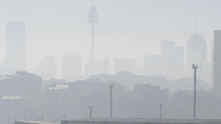 Pekatnya Kabut Asap Selimuti Sydney