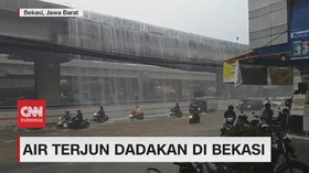 VIDEO: Viral, Air Terjun Dadakan di Tol Becakayu