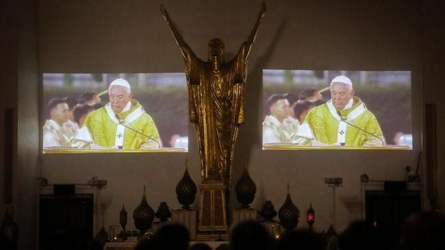 Kunjungan Paus Fransiskus ke Thailand terjadi selang 35 tahunsetelah pendahulunya, Paus John Paul II. (Photo by Vivek Prakash / AFP)