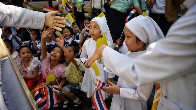 Lawatan Paus Fransiskus ke Thailand berlangsung selama tiga hari. (Photo by Lillian SUWANRUMPHA / AFP)
