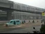 Viral Banjir 'Air Terjun' Tol Becakayu, Ini Kata Operator