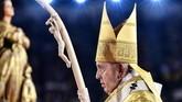 Paus Fransiskus juga memperingati 3,5 abad berdirinya keuskupan Thailand. (Photo by Vincenzo PINTO / AFP)