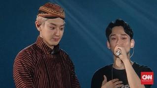 Blangkon dan Peci, Kala EXO Mencoba Jadi Orang Indonesia
