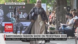 VIDEO: Aksi Fashion Show di Jalanan Banyuwangi