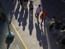 Hong Kong Defisit, Demo Buat Ekonomi Makin Loyo